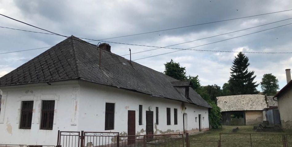 Starší rodinný dom len 12 km od Prešova